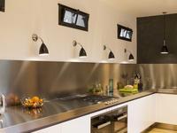 Oświetlenie do kuchni – nowoczesne i funkcjonalne rozwiązania