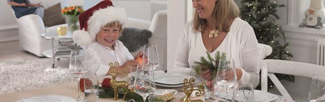 Aranżacja świątecznego stołu – porcelana od Fyrklövern
